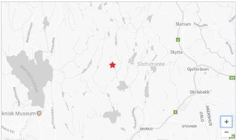 EPISENTERET: Kart fra NORSAR som viser jordskjelvets posisjon, helt på grensa mellom Nittedal og Oslo i Lillomarka.