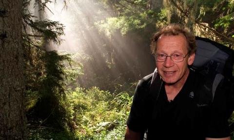 SKOG PÅ HELTID: Gjermund Andersen gir seg i administrasjonen av Naturvernforbundet i Oslo og Akershus, men ikke med kampen for skogen og Marka.