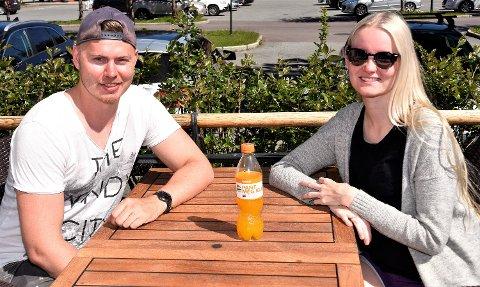 LADER OPP TIL NORGESFERIE: Samboerne Marita Dihle og Lasse Sundt Tangen. Paret venter barn i oktober, og reiser på Norgesferie – i god tid før familieforøkelsen.