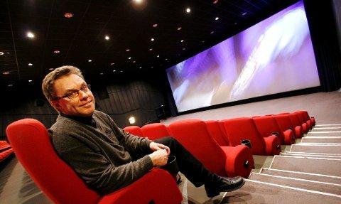 Kinosjef Steinar Johansen ved Kino City smiler fra øre til øre etter helgens besøkstall.