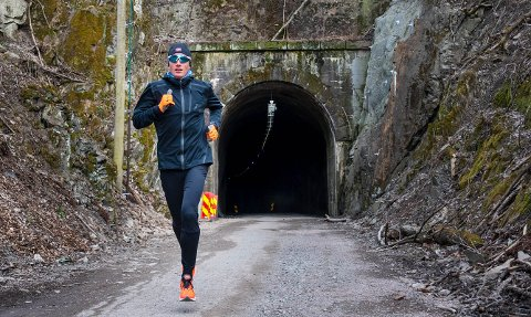 Sondre Nordstad Moen er bosatt på Spikkestad, og Norges håp på maraton i Tokyo-OL i sommer.