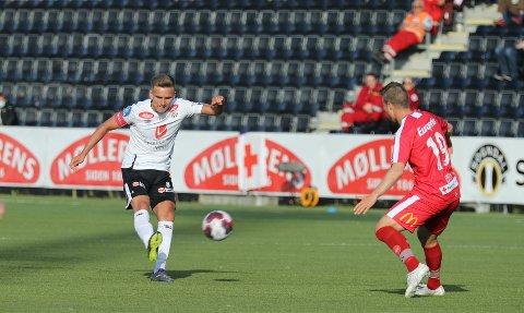 DROPPAR PROTEST: Kristoffer Valsvik og Sogndal spelte 11 mot 12 i ein liten del av overtida mot Fredrikstad, men klubben kjem ikkje til å levere inn protest.