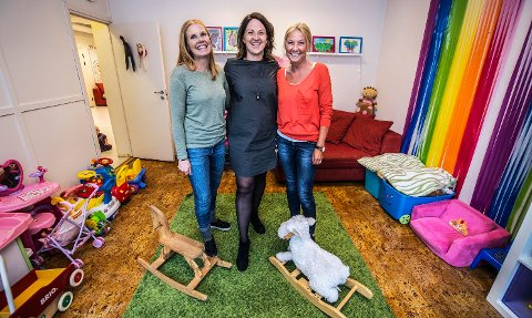 ANSETTER EN: Ann-Kristin Ryen, Hege Storkmorken og Lill Thorvaldsen fra Barnas Stasjon vil i løpet av kort tid få en ny kollega, og det er mange å velge i!