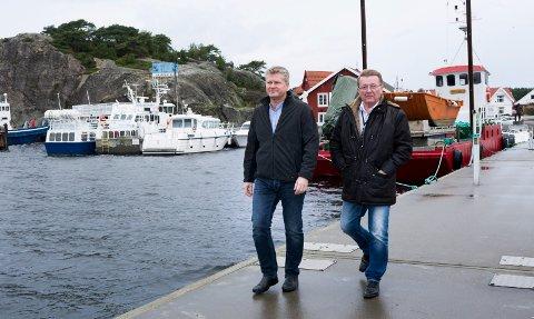 Tidligere ordfører Eivind N. Borge, til høyre, har vært sentral med å sy sammen   det alternative budsjettet.  Her sammen med rådmann Dag W. Eriksen, som går for den største økningen i eiendomsskatten.