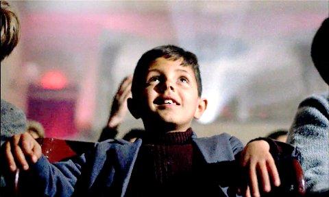 KINO: Cinema Paradiso tar for seg hele livet til en gutt som forelsker seg i film.