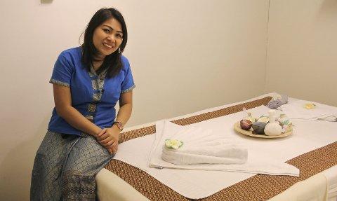 MASSASJE: Phisamai Fuller tilbyr både ulike former for thaimassasje og aromaterapi i Vinger hotells spa-avdeling.