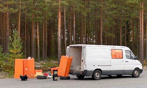 Det er plass til mye i en varebil, men det blir stopp om lasten overstiger vekta.