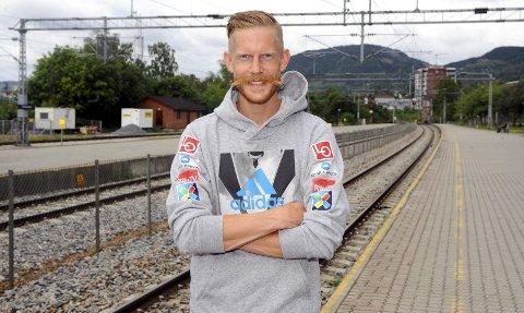 PÅ SKINNER: Det meste gikk på skinner for Robert Johansson sist sesong. Nå håper han at han skal bli enda mer stabil i toppen og vinne enda flere renn kommende sesong. Lørdag endte det norske laget på en tredjeplass i lagkonkurransen i polske Wisla.