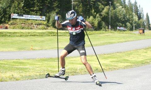 Lars Ivar Skårset er i rute foran sin første sesong som senior. Her er han fotografert under en treningsøkt i Knyken. Foto: Privat