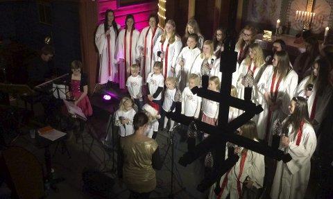 JULEKONSERT: Lørdag blir det korsang i Ål kirke, med barn og ungdom fra Hadeland Soul Kidz, Soul Children og Soul Teens. Bildet er fra fjorårets konsert.Arkivfoto: Sissel Skjervum Bjerkehagen