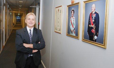 REPRESENTERER STATEN: Knut Storberget tiltrer embetet som fylkesmann for Innlandet på nyåret, ett år før det nye fylket blir en realitet. Han representerer kongen og regjeringen.