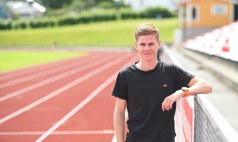 REKORDMANN: Trym Tønnesen er den raskeste haldenseren gjennom tidene på både 3000 og 5000 meter på bane. Nå jakter han nye rekorder og etter hvert gjeve medaljer.