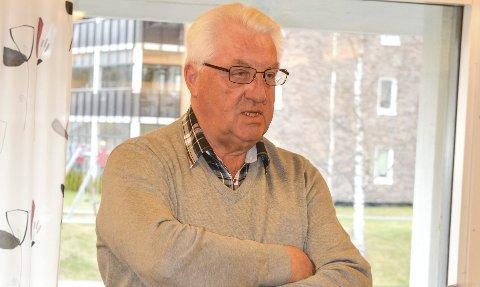 REISTE SEG: Tidligere ordfører Jan A. Mærli oppfordret rømsjingene til å si ja til sammenslåing med Aurskog-Høland. – Ellers kan penger komme til å gå tapt, sa han.