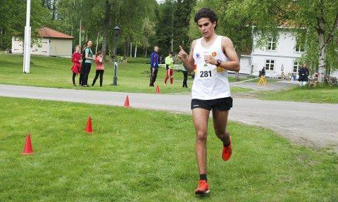 Satser: Jacob Boutera har kommet inn i Gulars friidrettsmiljø i Bergen, og reiser med tre klubbkamerater på treningsleir til Flagstaff. Bildet er hentet fra Eksismoaløpet. Foto: Jon Wiik
