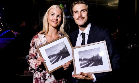 STOLTE PRISVINNERE: Silje Norendal og Ståle Sandbech ble kåret til årets kjørere på SnowboardAwards i Oslo lørdag kveld.FOTO: BRETTFORBUNDET