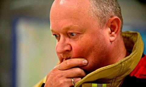 OPFORDRER: Morten Sivertzen oppfordrer alle, men spesielt dem med hytter eller som bor landlig til, til å lage nødplakat med riktige GPS-koordinatorer. Dermed slipper brannvesenet å kjøre seg bort på vei til oppdrag.