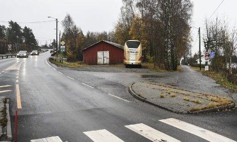 Skiltet er nede: Men Usbl prøver fortsatt å finne en løsning for boligprosjektet i Båhusveien på Tranby.