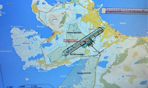 Flyplass: Her på dette området på Gimsøy foreslo Avinor i 2012 å anlegge en felles flyplass i Lofoten i forbindelse med Nasjonal transportplan. Saken har siden vært betydelig omdiskutert og utredet. – Ikke tilfredstillende som flyplasslokasjon, slår Avinor fast nå.