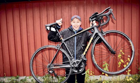 Øyvind Gjelle fra Svolvær deltok på triatlon i år for første gang. Og karrieren er ikke lagt på hylla helt enda...