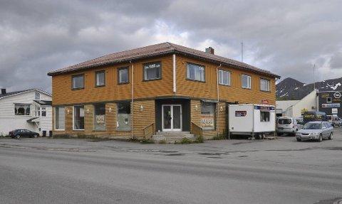 KLAGE: Midt-Lofoten Eiendom AS klager på at Vestvågøy kommune vil ekspropriere deler av eiendommen til Storgata-prosjektet.