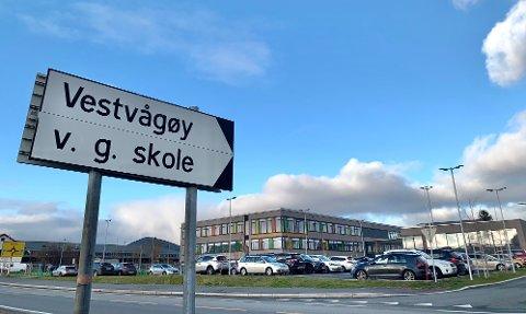 Vest-Lofoten videregående skole.