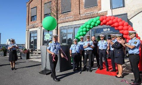 ÅPNET: Tolldirektør  Øystein Børmer hadde tatt turen til Moss for offisielt å åpne det nye hovedkontoret for etatens Grensedivisjon.