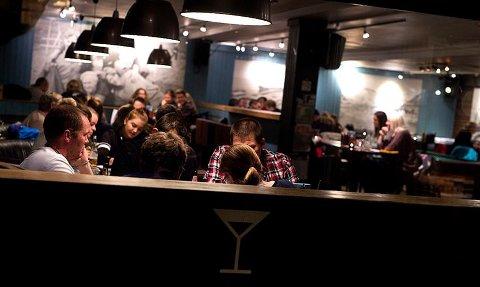 TIL SALGS: Den populære puben legges nå ut for salg.