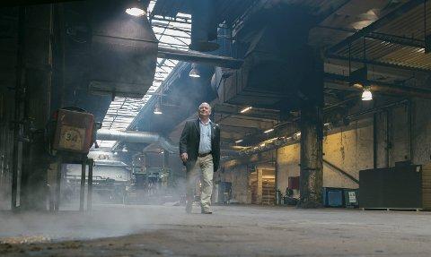 GODT SAMHOLD: – Det har vært et utrolig samhold her på fabrikken i alle disse årene, mener Arnfinn Stensrud, med 50 år bak seg på Hunton.
