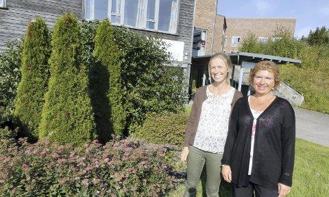 ARRANGERER: Fysioterapeut Kari-Anne Vegsgaard Olsen (til venstre) og seniorkontakt Torgunn Lippestad Dahl i Ski kommune håper på god oppslutning om Takk, bare  bra-kurset.