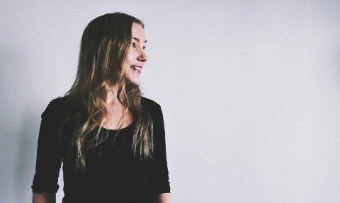 FORFATTER: – Jeg er ikke så redd for å by på meg selv. Det jeg vil fortelle, trumfer den frykten jeg har, sier Nina Kveen Lillebo.