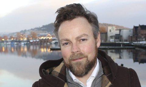 INNKALLER TIL HASTEMØTE: Torbjørn Røe Isaksen.