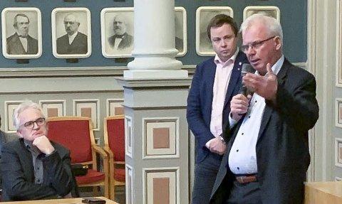 SPENTE PÅ UTFALL: Nye E18 har skapt en svært spent situasjon mellom vegvesenet, Skien kommune og næringsforeningen på den ene siden, og Porsgrunn kommune med et nær samlet bystyre, Nye Veier og flere tusen berørte E18-innbyggere på den andre.