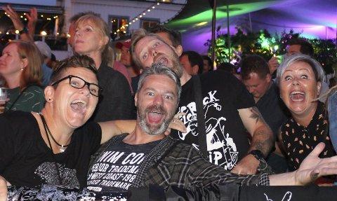 ROCK: Publikum hadde det moro på rockekonsert siste kveld.
