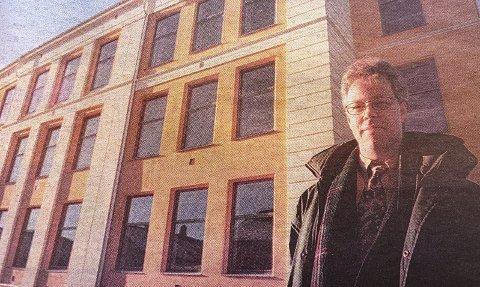 JA TIL ØSTSIDEN: – I forbindelse med behandlingen av skolebehovsplanen vil Høyre foreslå at Østsiden skole blir gjenåpnet og Myrene skole blir henlagt, sier Petter Ellefsen (H).