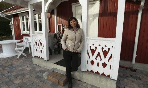 Klar for innrykk: Mona Steenberg Gran starter kurs i mental trening og mindfulness hjemme på gården i Sandviken. Foto: Lena Malnes