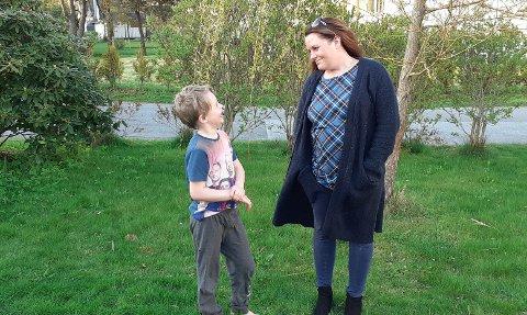 MYE STØTTE: Linn Solberg (36), her med eldstesønnen Liam (7), får støtte fra «hele» Norge etter at hun sto fram med sin sterke krefthistorie.