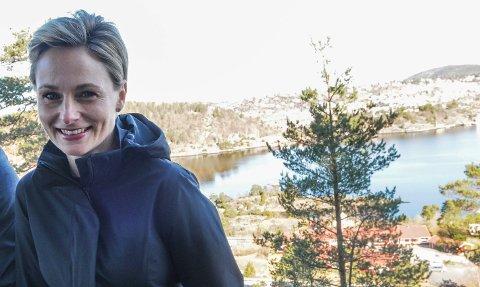 KONDITOREN BLEHOTELLSJEF: For ett år siden jobbet Lene Lindquist Haugen som konditor og drev Bakeribua. I Kragerø er dagene ganske annerledes.