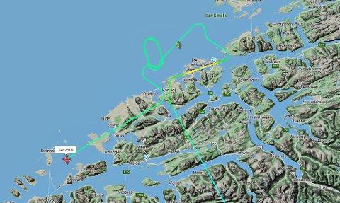 SAS-flyet har tatt noen runder over Nordmøre før det peilet seg inn på landing i Molde.