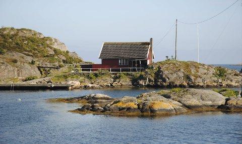 Seilerhytta: Dette stedet i havgapet har vært et populært samlingssted for tvedestrandsfolk helt frem til begynnelsen av 90-tallet. Arkivfoto