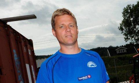 UTSATTFORTRUSLER:Leder Andreas Juell i Hakadal ILs fotballgruppe ønsker mer synlig politi rundt Elvetangen.