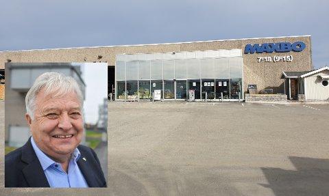 SELGER: Olav Breivik (innfelt) selger blant annet Maxbo i Vestby til Løvenskiold Handel AS.