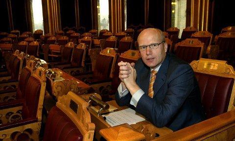 SYNES ULVER ER ALLRIGHTE DYR: Stortingsrepresentant Hårek Elvenes (H).