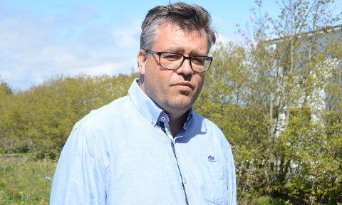 Kritisk: Ingve Lerang (Venstre) stiller spørsmål ved Randaberg kommunes økonomiforvaltning da ingen på 12 år har merket at kommunen står oppført med eierandel i selskaper, som ble slettet for 12 og sju år siden.