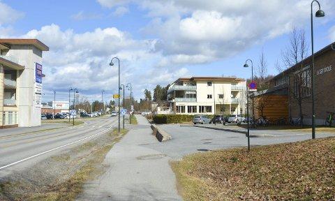 STOPP: To store boligprosjekter i Åmot stoppes av Statens vegvesen fordi trafikken i sentrum er for stor.