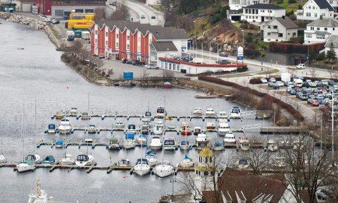INNBROT: Det har vore innbrot i småbåthamna ved Gruset.