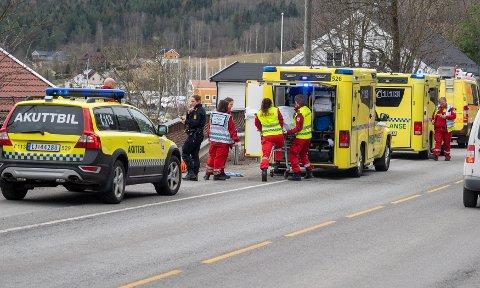 VANNSKUTERULYKKE: To menn i 20-årene ble fraktet til Drammen sykehus etter en vannskuterulykke ved Solumsstrand. På sykehuset oppsto hendelsen som gjorde at de to involverte går fri fra ulykken.