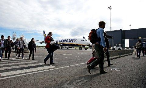 Ledig: Alle fly er ikke helt fulle fra Rygge resten av sommeren og det er fortsatt mulig å få seg en billett for etternølerne.Arkivfoto: Terje Holm, Moss Avis
