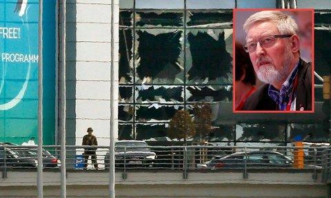 I god behold: Tor Arne Solbakken er i Brussel på oppdrag for LO. Sammen med kona var han på vei til frokost da de fikk melding om de voldsomme eksplosjonene på flyplassen (som bildet viser). Hotellet ligger bare 400 meter fra t-banestasjonen som ble angrepet kort tid etter.