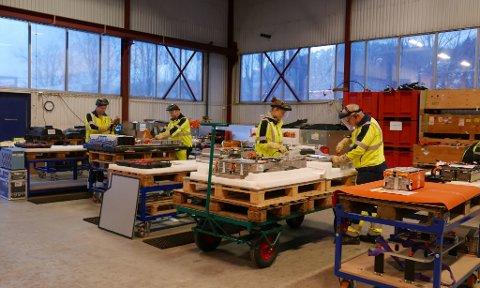 I verdenseliten: Batteriretur har kommet svært langt i arbeidet med demontering av elbilbatterier, og skal bygge en ny fabrikk, fortrinnsvis på Øra. Alternativet er Sandefjord. (Foto: Batteriretur AS)