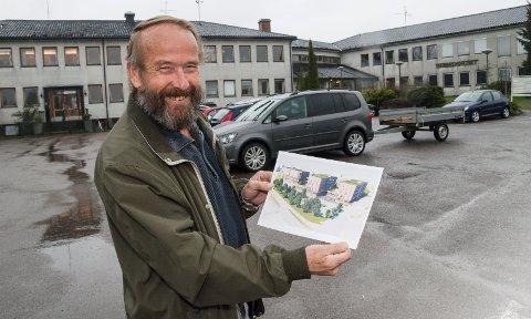PLANER: Jan Råknes har egentlig planer om riving av Gannestadveien 2 for å oppføre det han kaller Borretorget på tomta, men nå har han fått varsler om tvangsmulkt for ulovlige studenthybler i kjelleren.